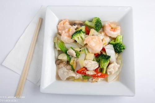H11. Imperial Shrimp & Chicken Image