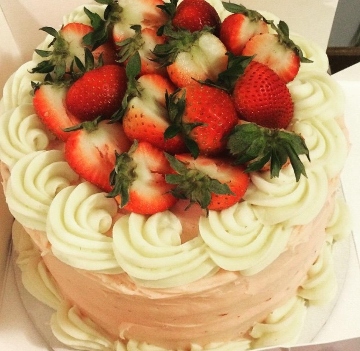 Round Layered Cake