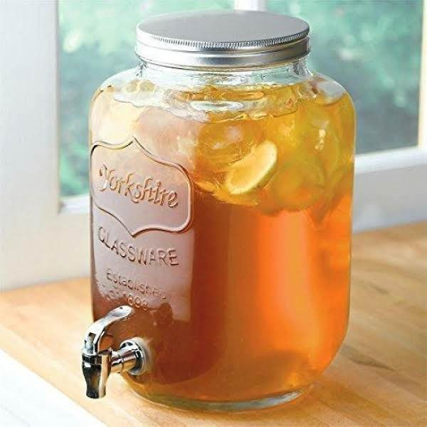Iced Tea By the Gallon Image