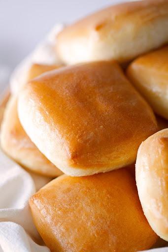 Yeast Rolls Image
