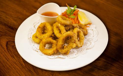Fried Calamari (15 Pcs)