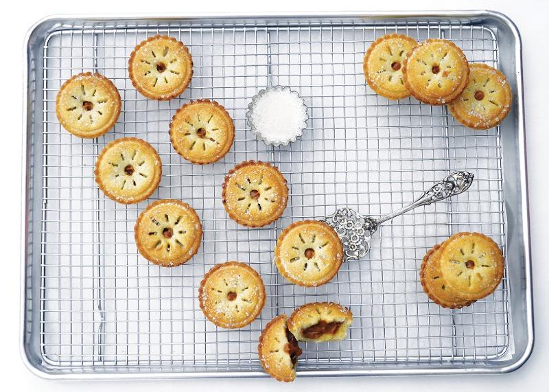 18-Pack Mini Apple Pies Image