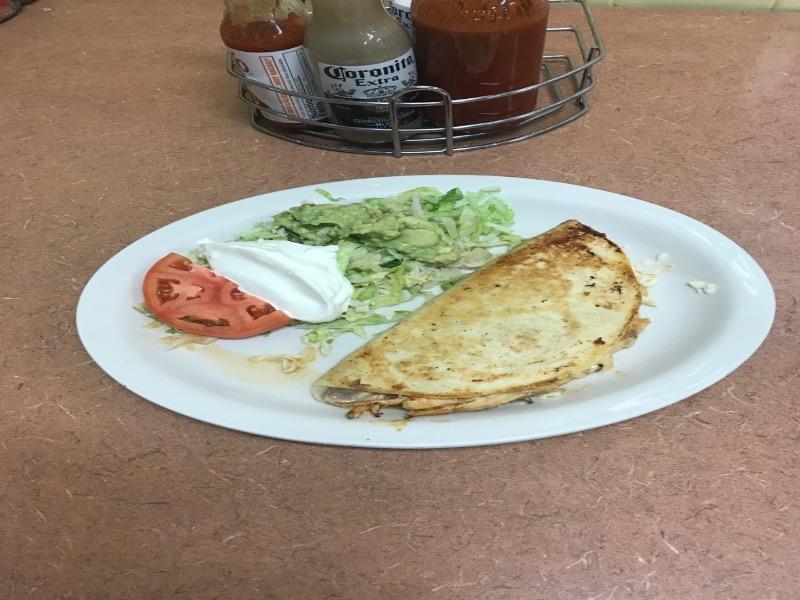 Quesadillas Rellenas (Lunch Special) Image