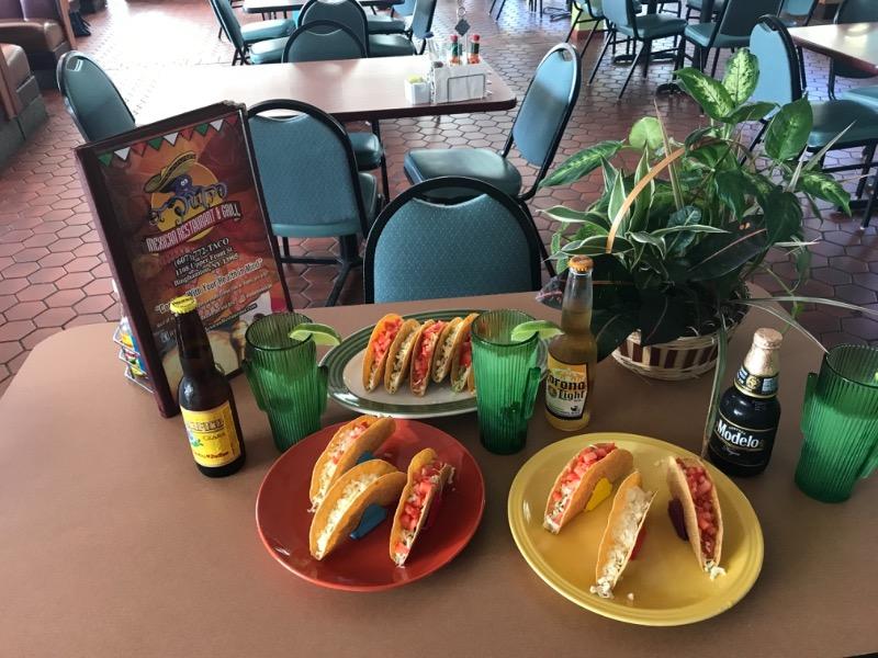 Hard Tacos (3)*