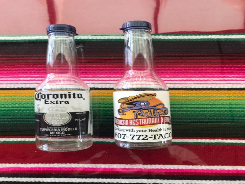 El Pulpo Salt and Pepper Shaker Pair Image