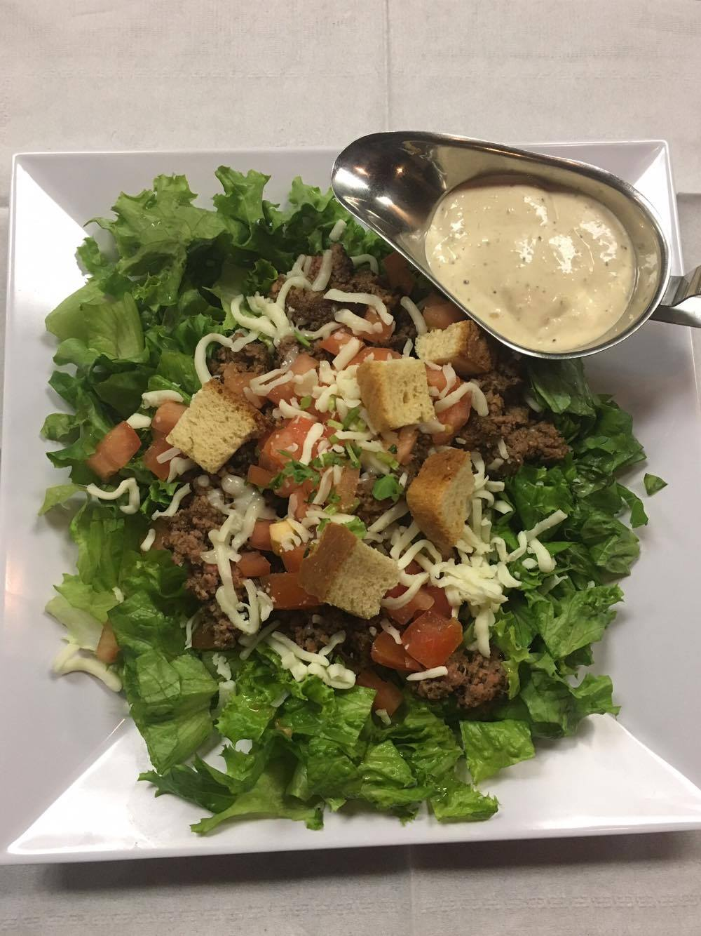 CheeseBurger Salad Image