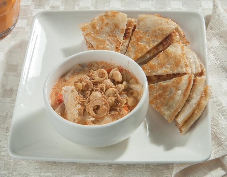 A-6 Roti Massaman Appetizer Image