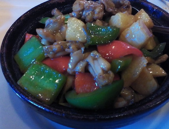 52. Chinese Herb & Frog in Hot Pot 山药田鸡煲 Image