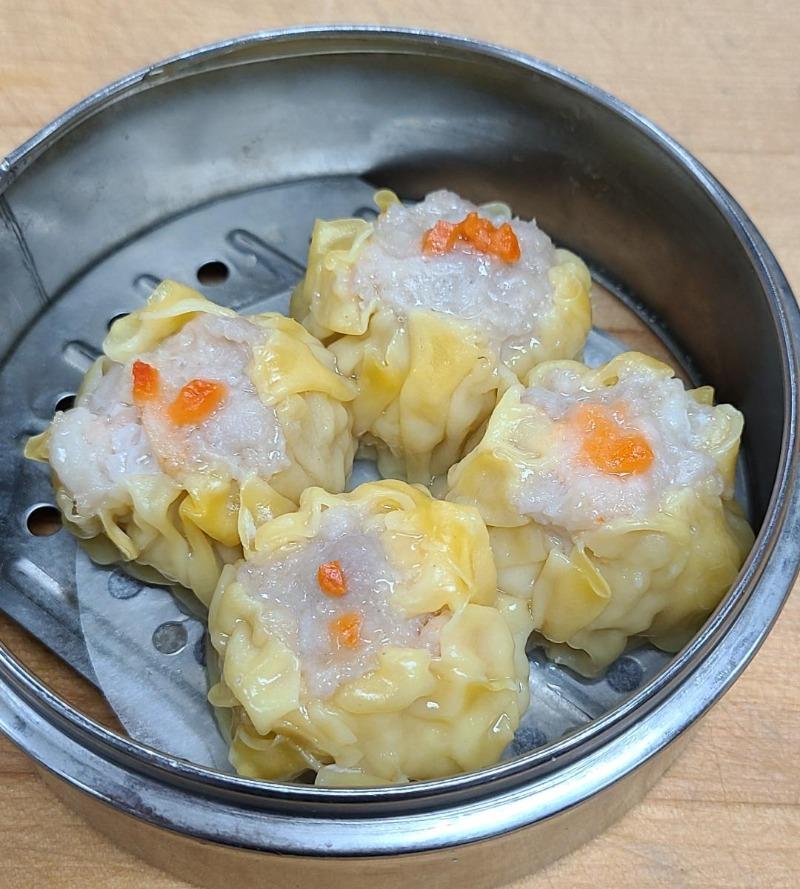 3. Shiu Mai w/ Crab Roe (4)