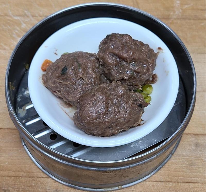 15. Green Beef Balls (Item B...3 pieces) Image