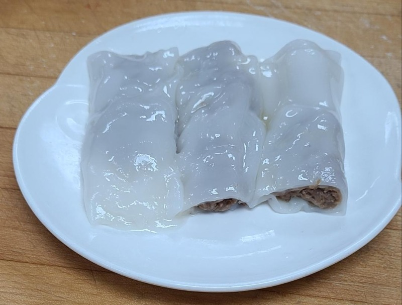 19. Beef Rice Noodle Roll (3 pieces) (Not Available After 4:00 P.M.)) Image