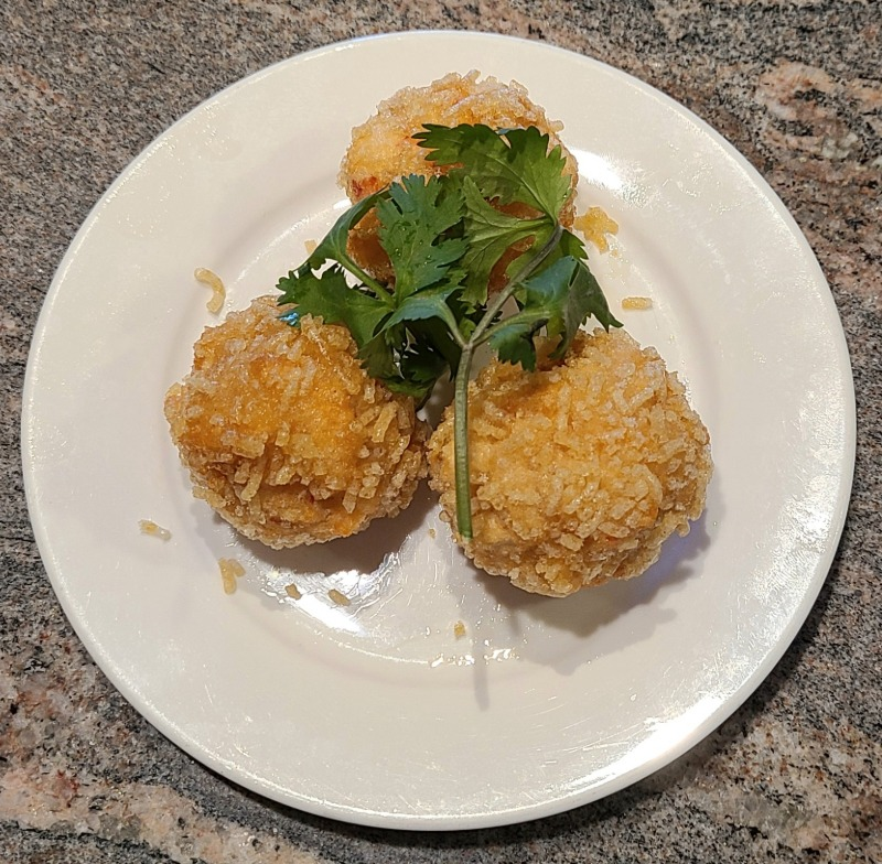 Crispy Fried Seafood Ball (Special Item / Limited Time)