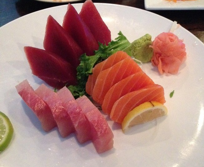 4. Tri Color Sashimi Image