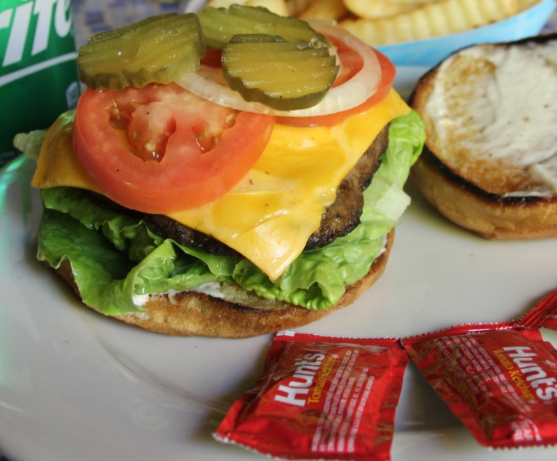 Classic Cheeseburger Image