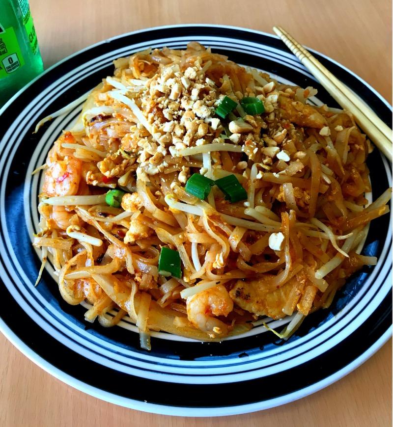 Shrimp Pad Thai Image