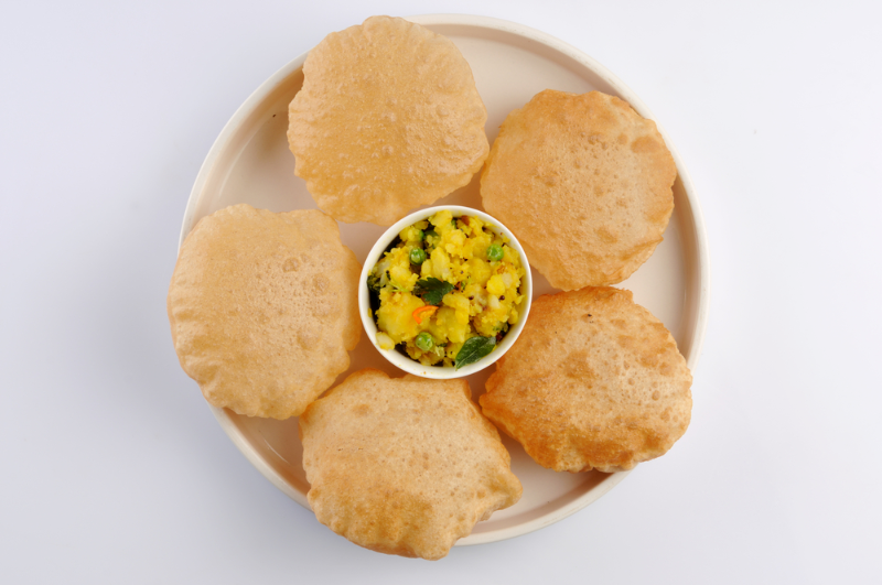 Puri (3pc) with Curry