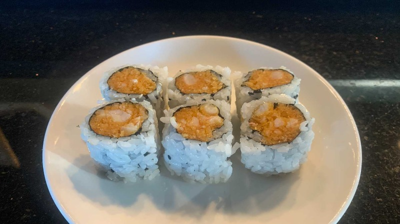 Spicy Shrimp w. Crunchy Roll