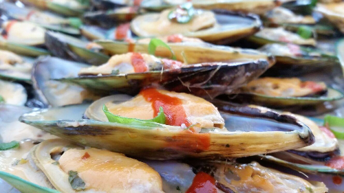 Pika Mussels (Spicy Mussels) Image