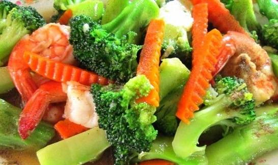 Wok Stir-Fried Mixed Greens