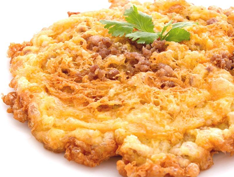 (Kai Jiew Kai Sub) Thai Omelette with minced chicken Image