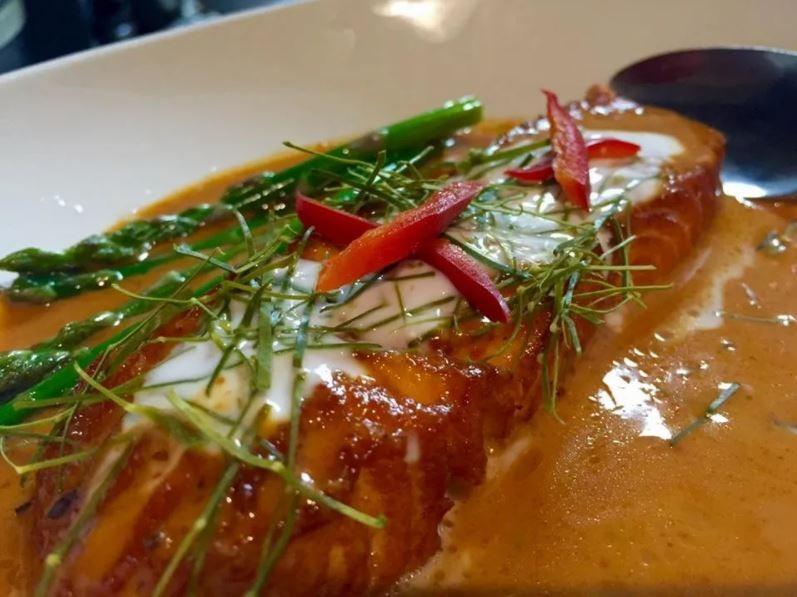 Salmon Chu Chee Image