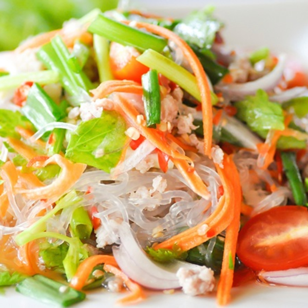 Yum Woon Sen (Glass Noodle Salad)