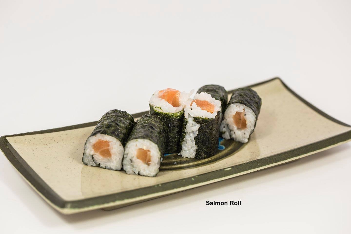 Salmon Roll Image