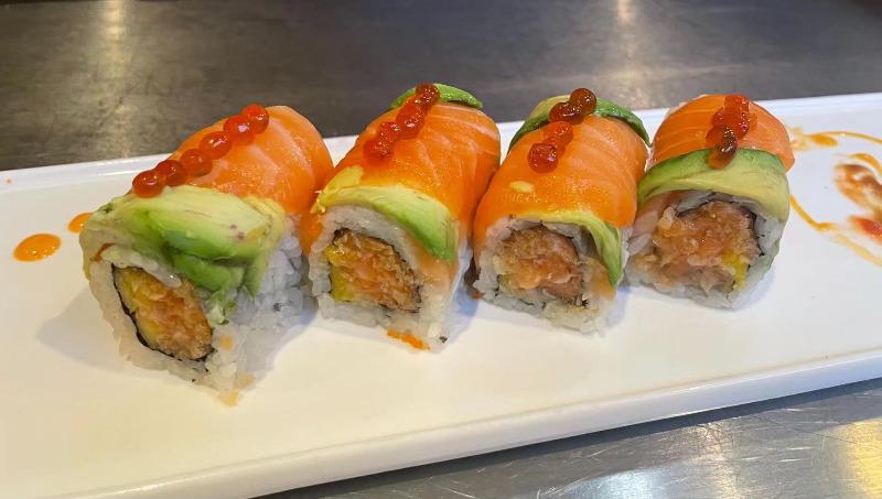 16. Mango Salmon Roll
