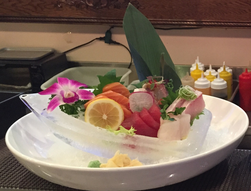 L2. Sashimi Lunch Image