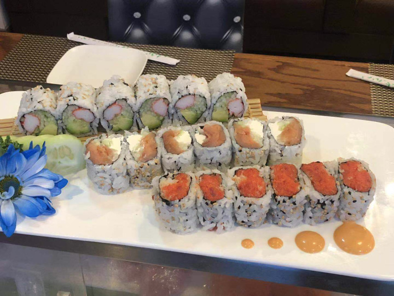 Any 3 Rolls Lunch