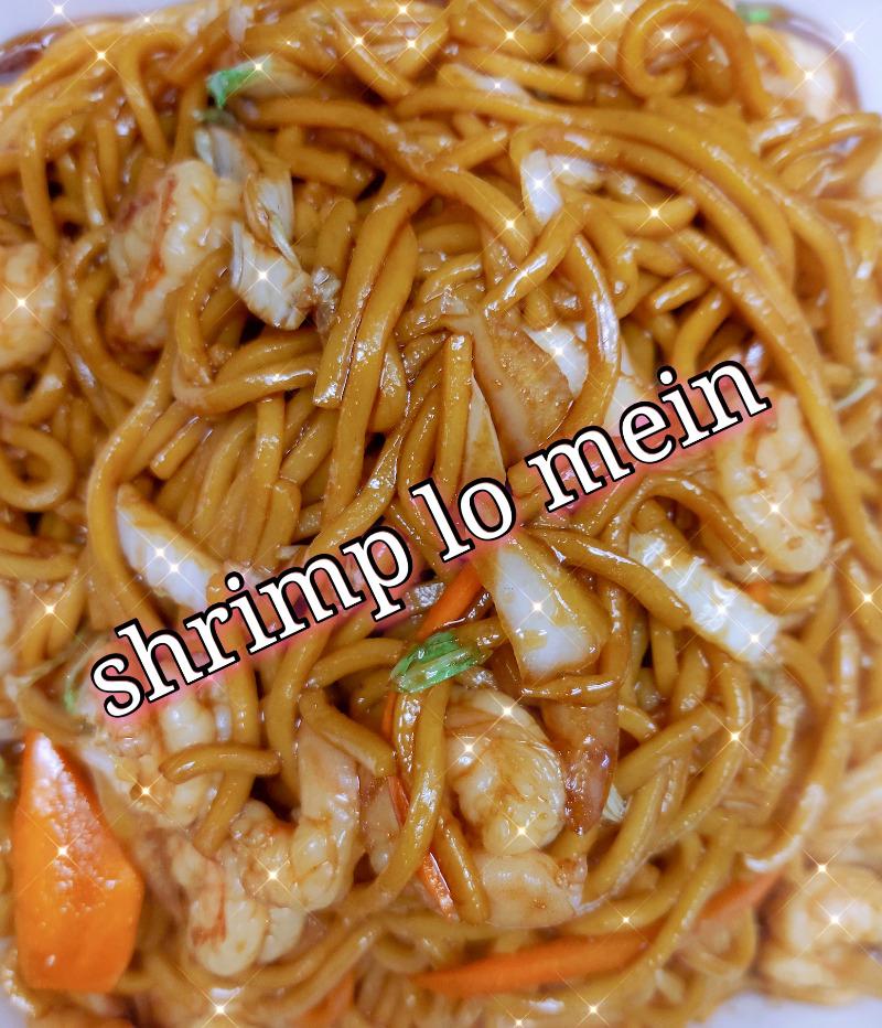 虾捞面 40. Shrimp Lo Mein