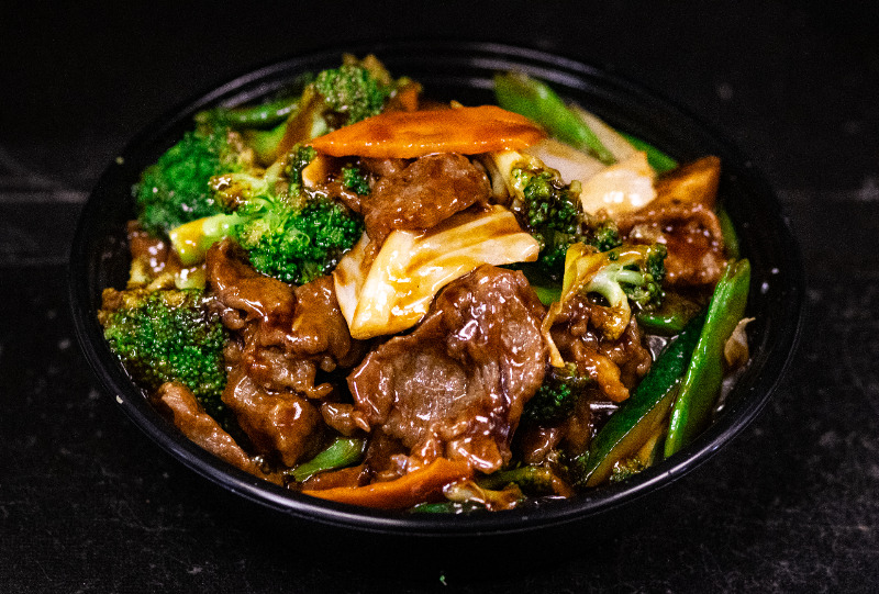 102. 什菜牛 Beef w. Mixed Vegetable