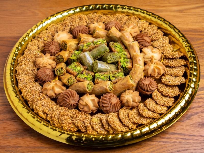 Mix Baklava & Cookies Tray Image
