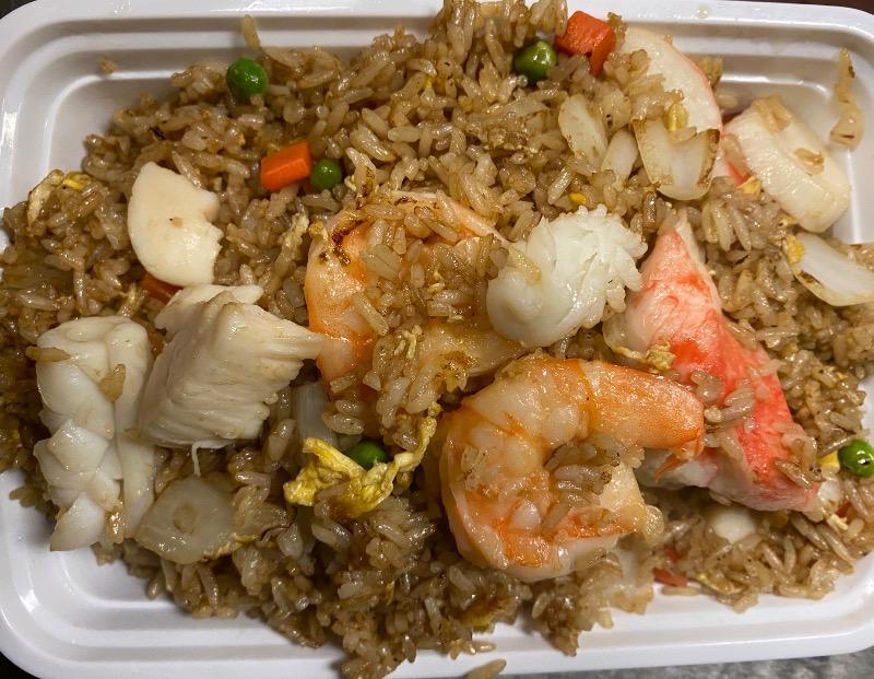 海鲜炒饭 Seafood Fried Rice