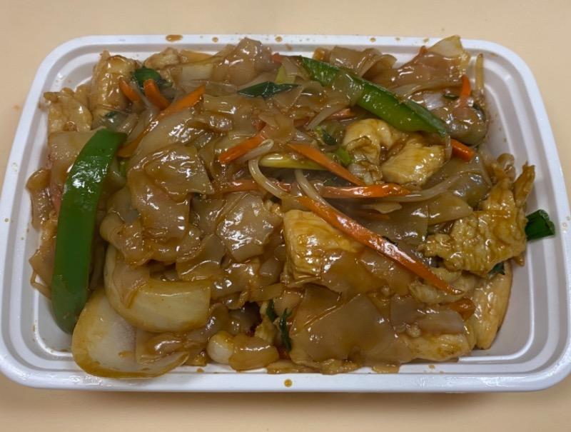 鸡河粉 Chicken Chow Fun