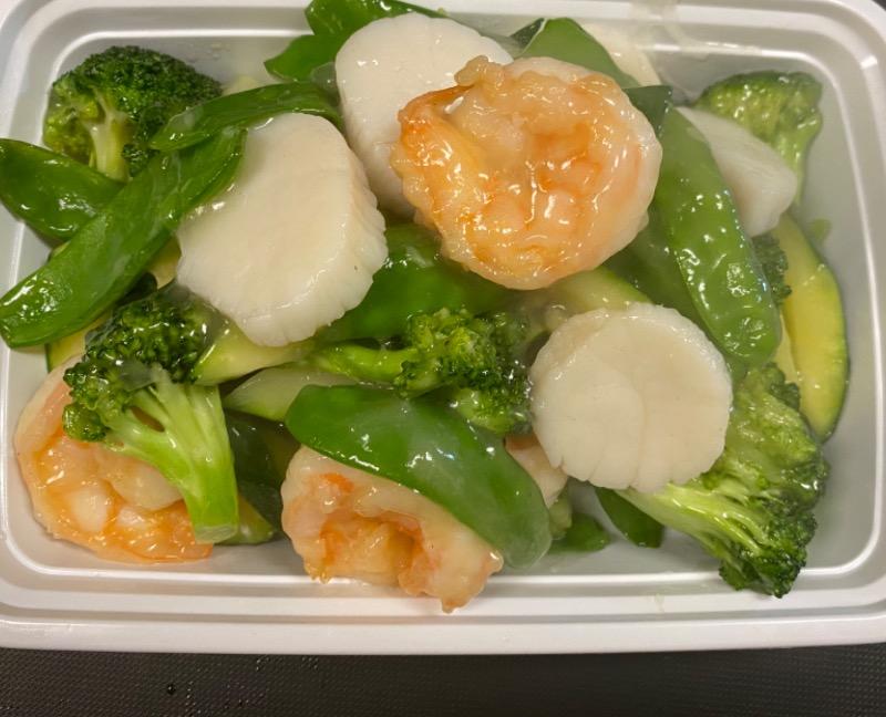 玉虾干贝 Jade Shrimp & Scallop