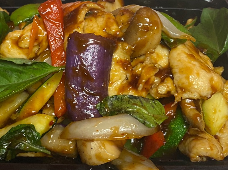 九层塔鸡 Thai Basil Chicken Image