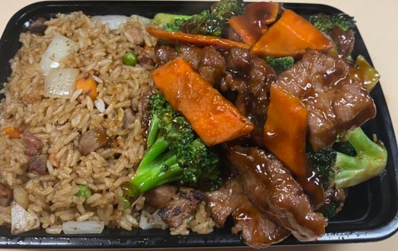 芥兰牛 Beef w. Broccoli
