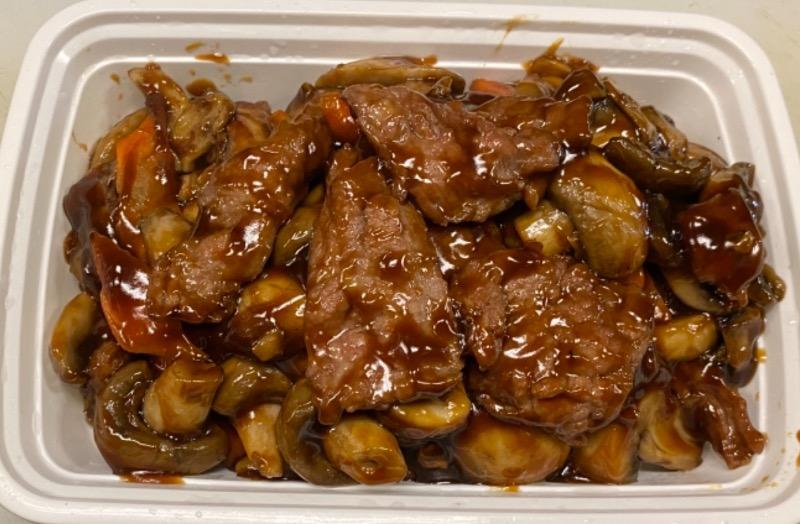 蘑菇牛 Beef w. Mushroom