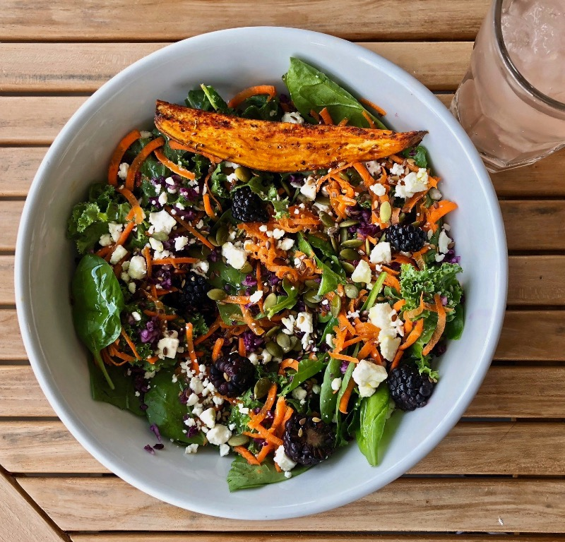 Kale Spinach Salad Image