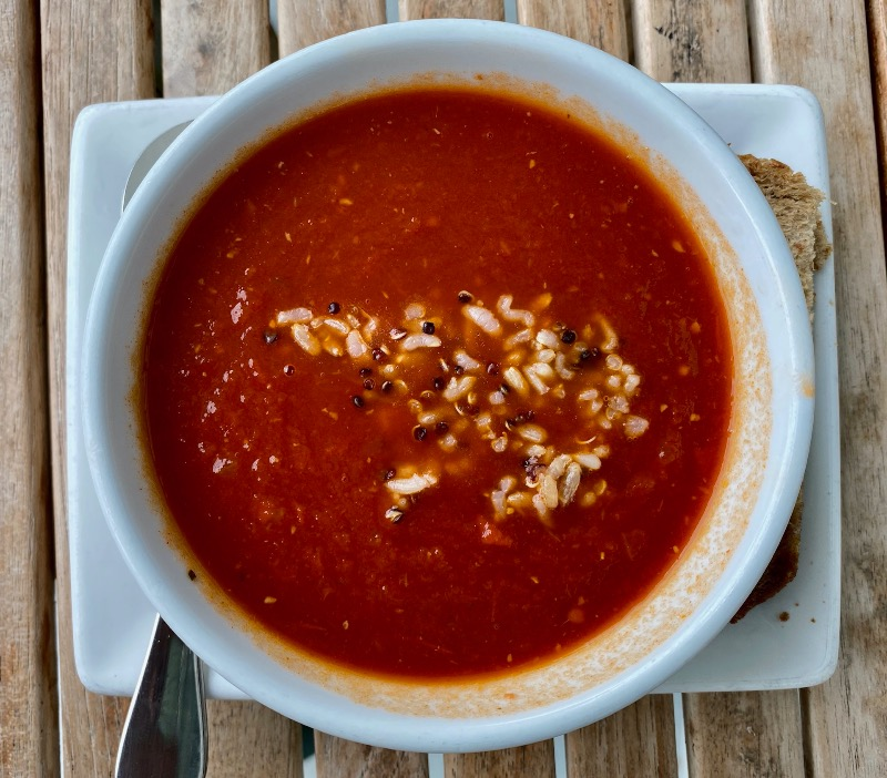Smoky tomato with brown rice and quinoa soup