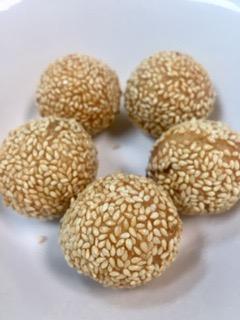 A2. Fried Sesame Balls (5)