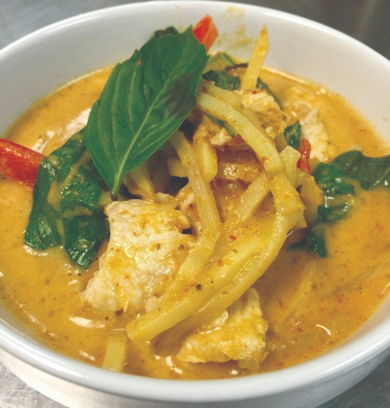 E21. Thai Red Curry Combo