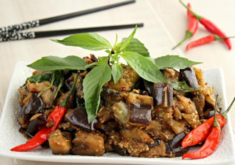 E16. Eggplant with Basil Combo