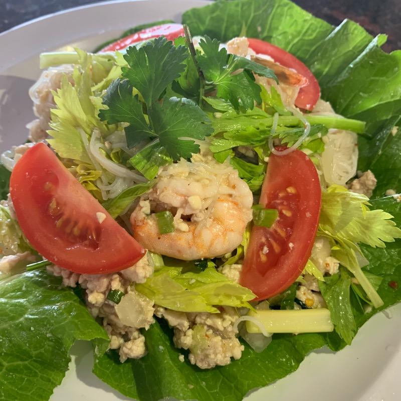 SA5. Yum Woon Sen Salad