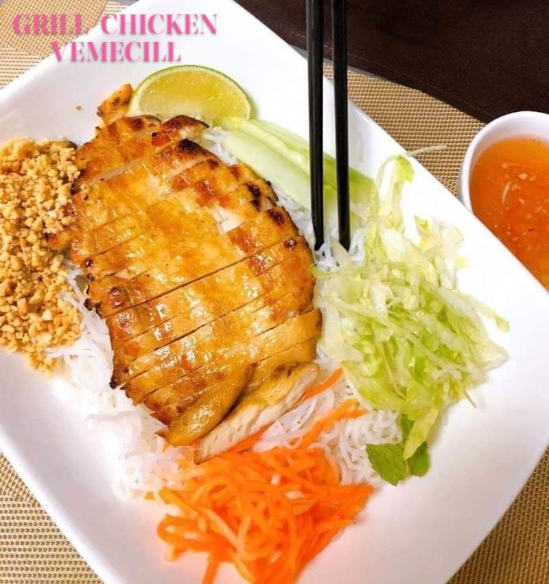 Grilled Chicken Vermicelli Image