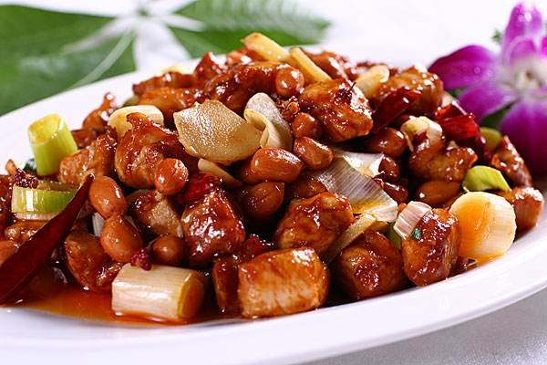 Stir-Fried Chicken in Bean Sauce  酱爆鸡丁