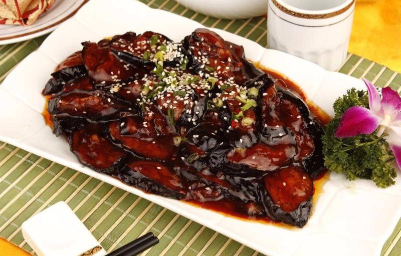 Braised Eggplant w. Bean sauce  酱烧茄子