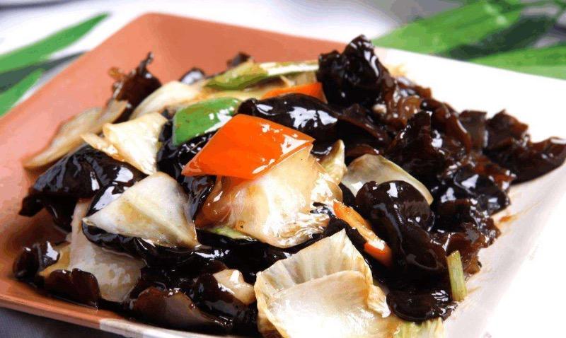 Napa Cabbage and Chinese Mushrooms  白菜木耳 Image