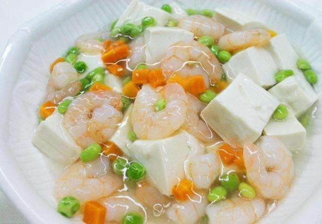 Shrimp w. Tofu  虾仁豆腐
